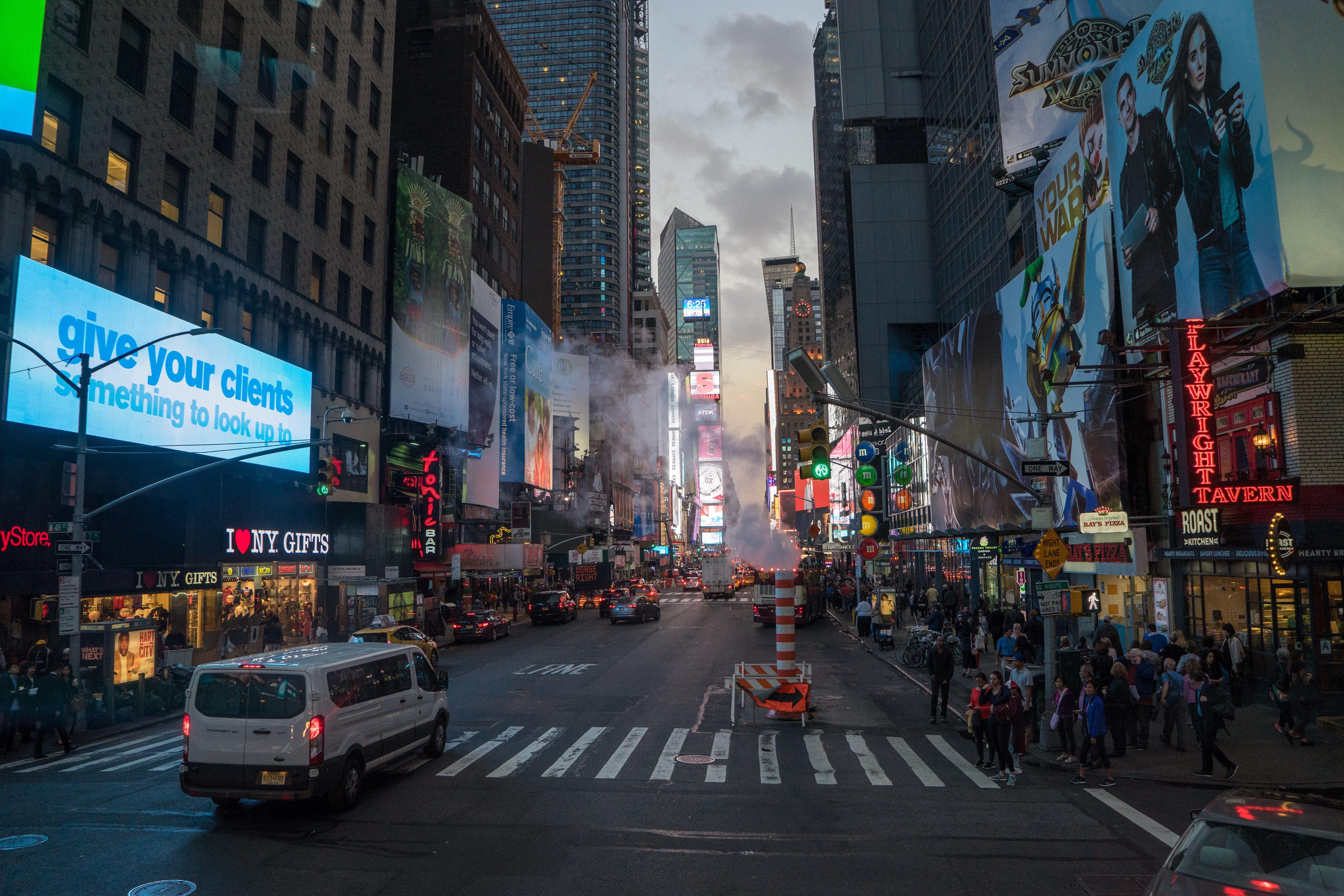 NYC-08300
